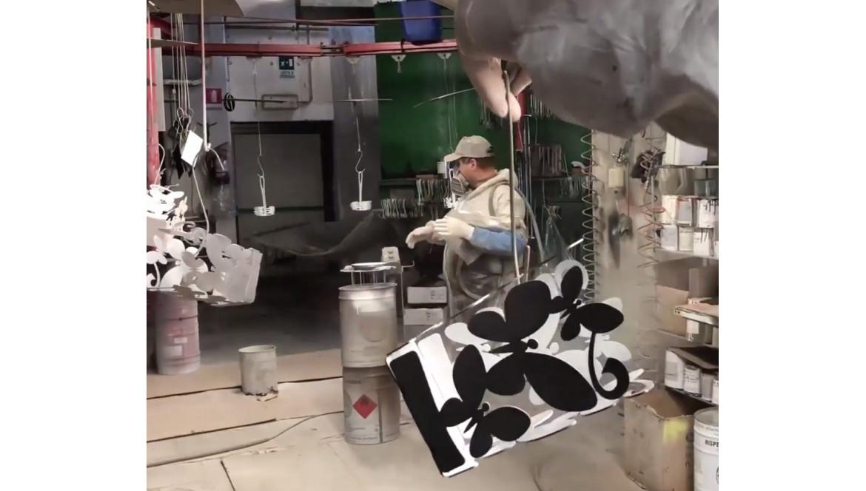 Scopri la produzione rigorosamente artigianale in Italia di Ceart