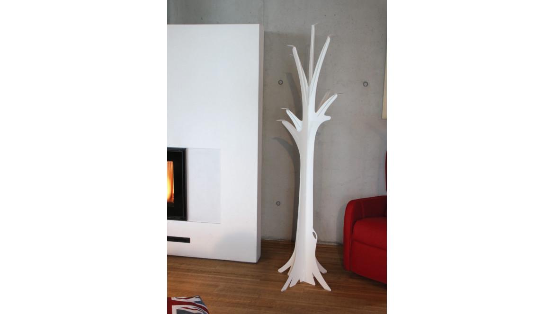 Appendiabiti da terra design: il made in Italy direttamente a casa tua grazie a Ceart